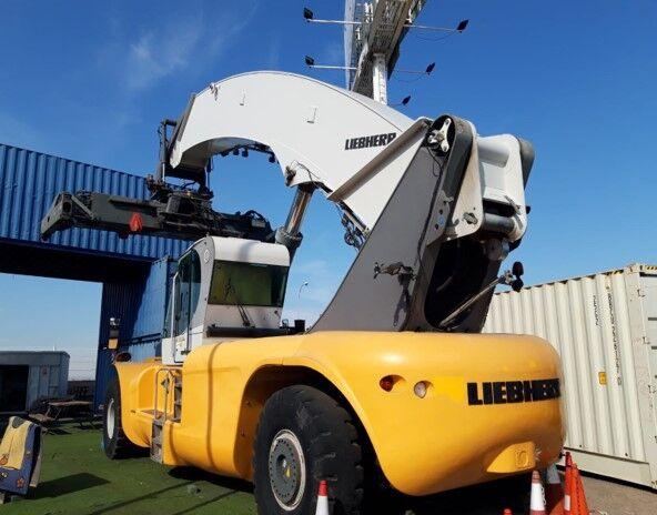 chariot porte-conteneur LIEBHERR LRS 645