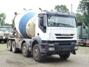 camion malaxeur IVECO Trakker 360 8x4
