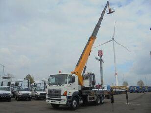 camion nacelle HINO 700 6X4