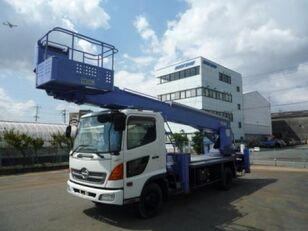 camion nacelle HINO Ranger